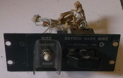 Oxygen mask mike panel