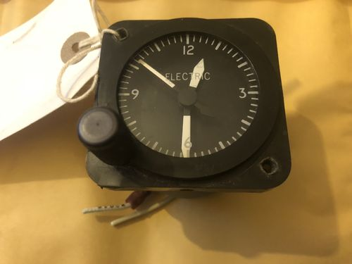 Electric mechanical aviation clock