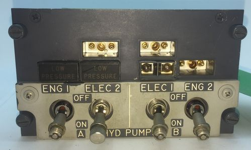 Boeing 737NG Hydraulic Pumps Panel (overhead)